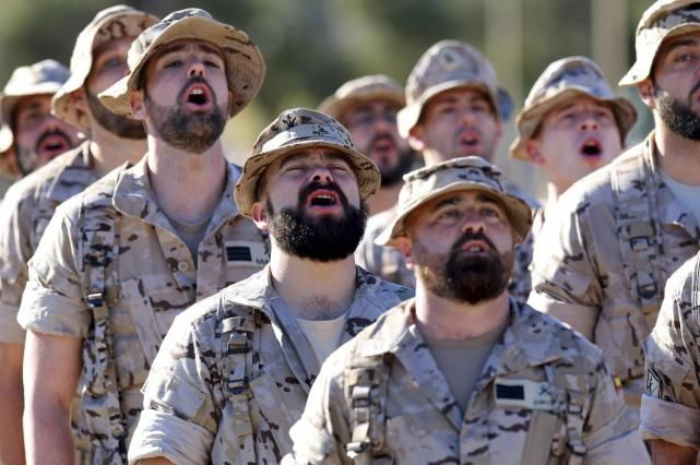 "Defensa toma medidas para evitar renovar a los ""metopas"" que acaban contrato"